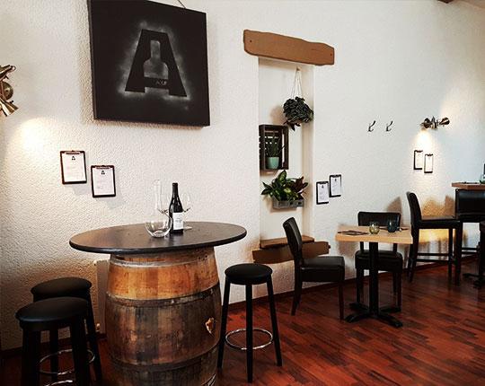 L'Alchimie, bar à Orléans : dégustation vins - Intérieur