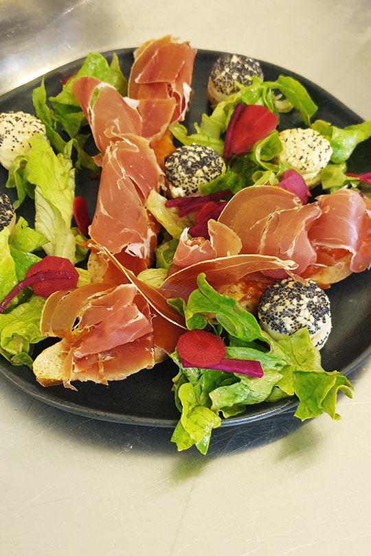 L'Alchimie, bar à Orléans : dégustation salade